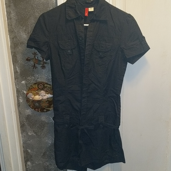 Divided Pants - Divided size 2 romper